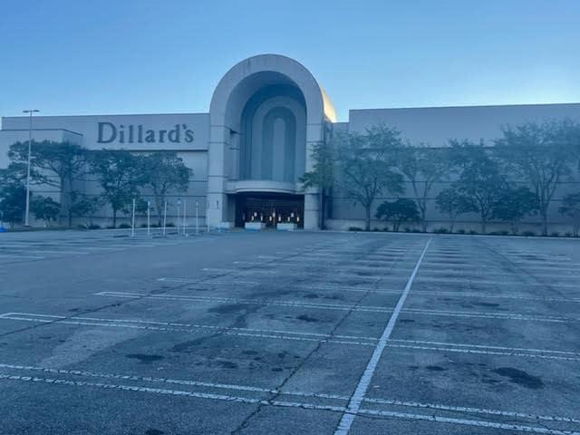 Dillard's Governor's Square Tallahassee Florida