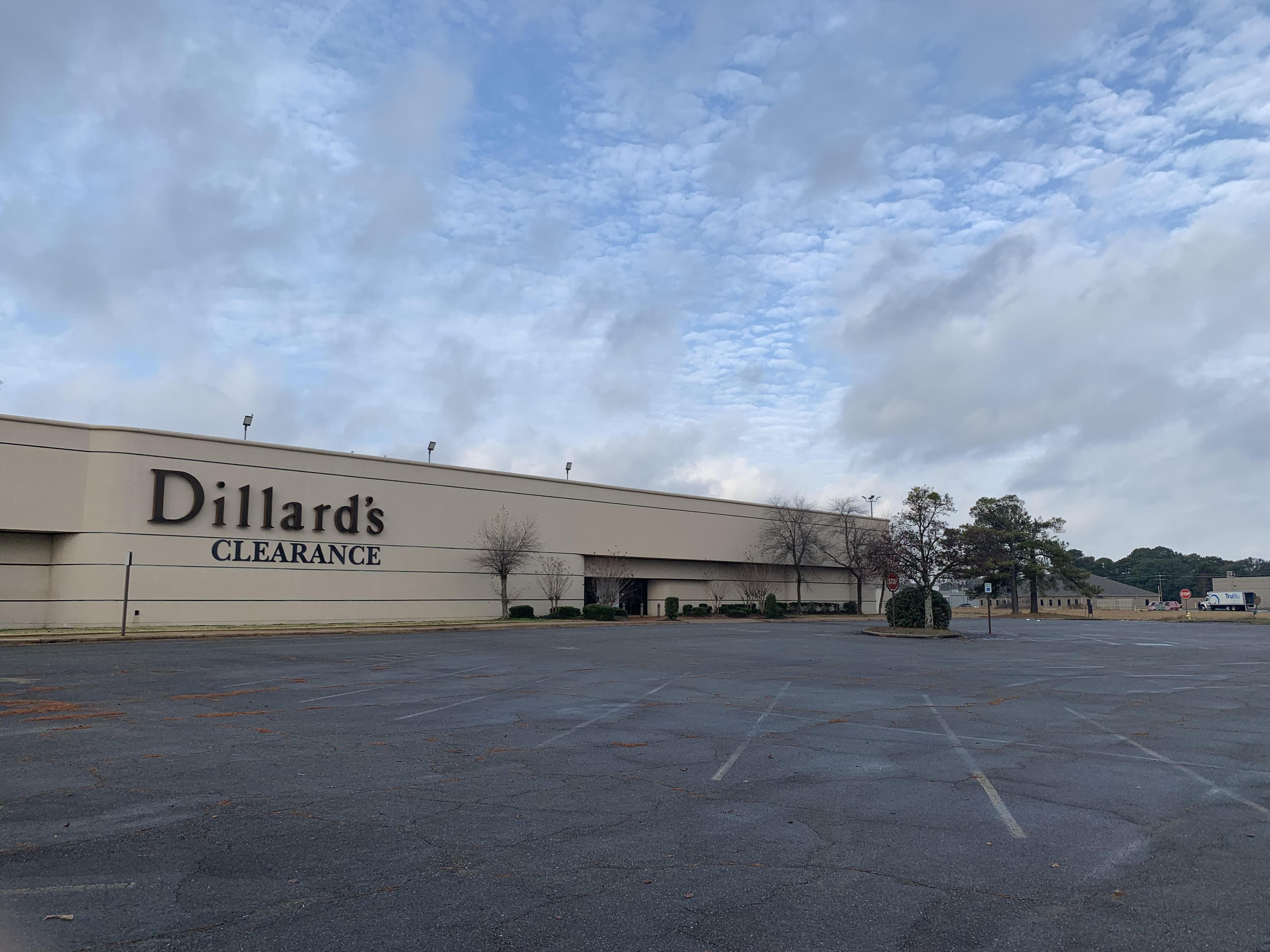 Dillard's The Pines Mall Pine Bluff Arkansas