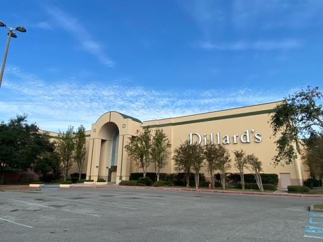 Dillard's Oakwood Shopping Center Gretna Louisiana