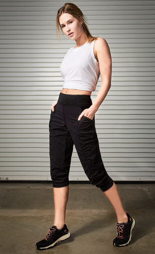 The North Face On The Go Mid-Rise Crop